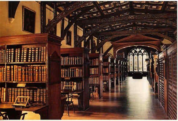 La bibliothèque de Duke Humfrey's à Oxford.