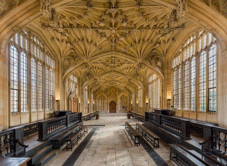L'école de la divinité à Oxford.